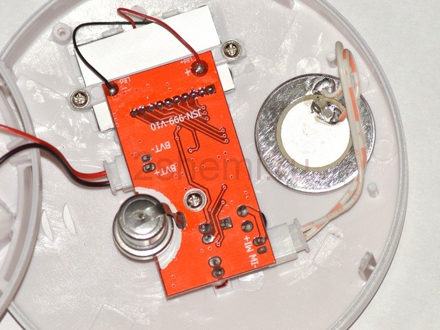 Детектор угарного газа бытовой