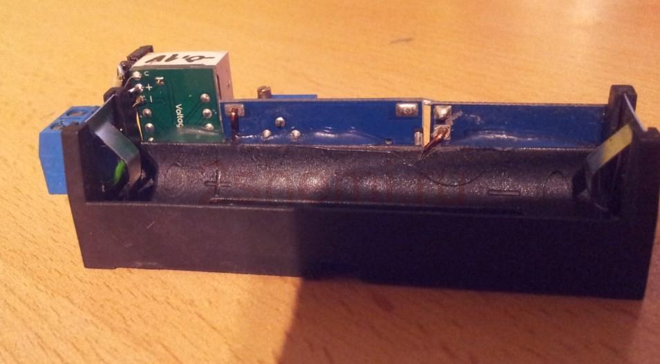 Портативный блок питания от батареи 18650 с регулировкой напряжения