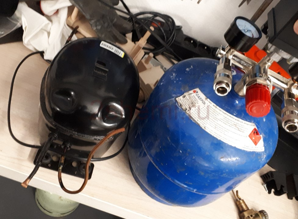 Делаем компрессор из старого холодильника
