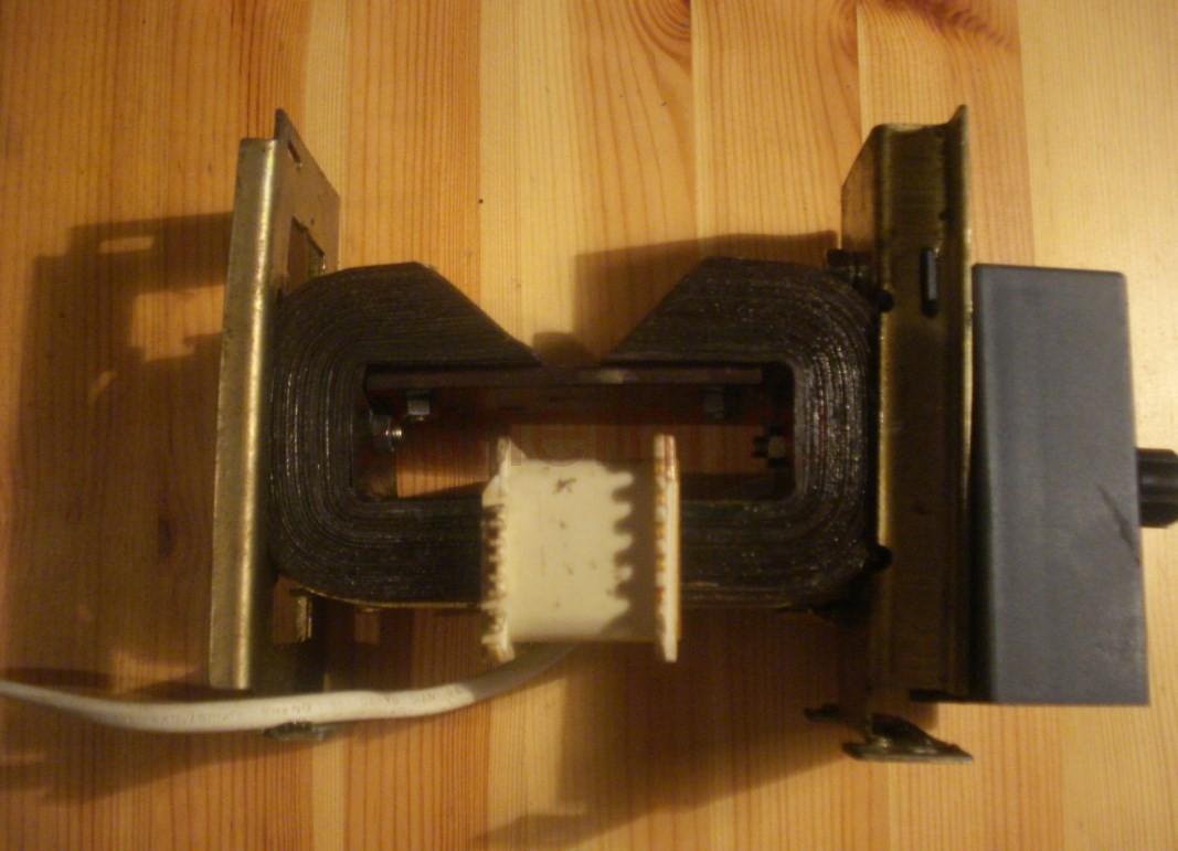 Прибор для проверки роторов электро двигателей (якорей)