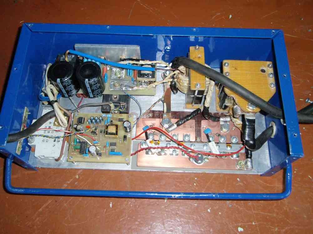 Пуско-зарядное устройство для автомобильного аккумулятора (схема мощного ПЗУ)
