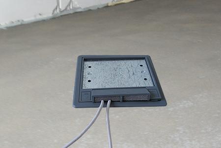 Выдвижной блок розеток в столешницу и розетки в полу: установка и подключение
