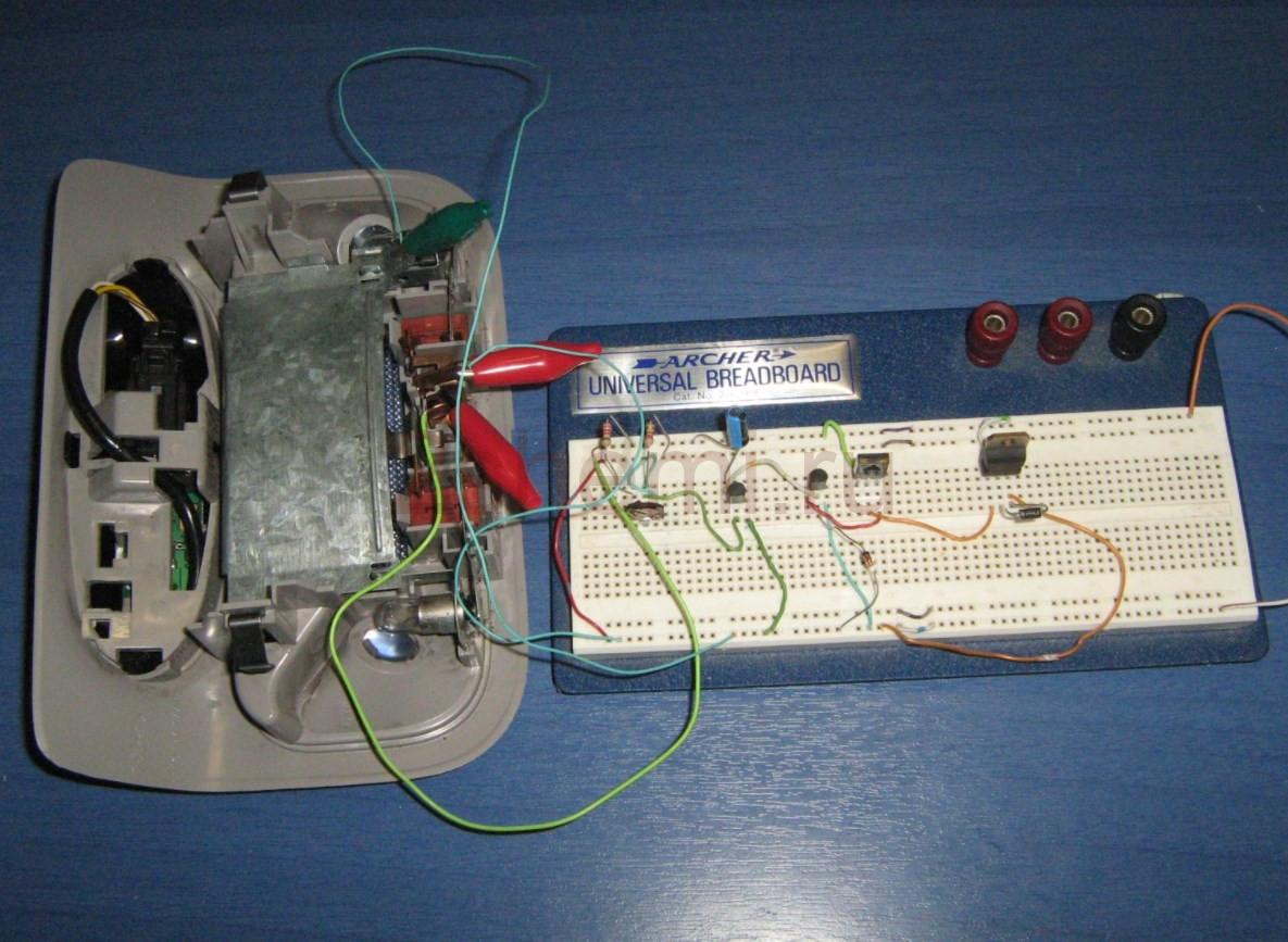 Схема задержки выключения освещения в автомобиле