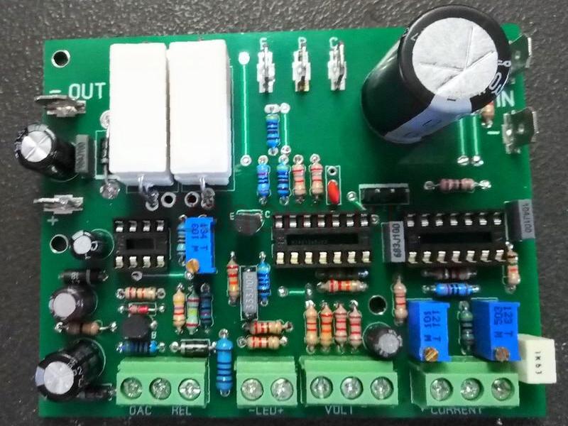 Лабораторный блок питания 0-30В 0-10А с защитами