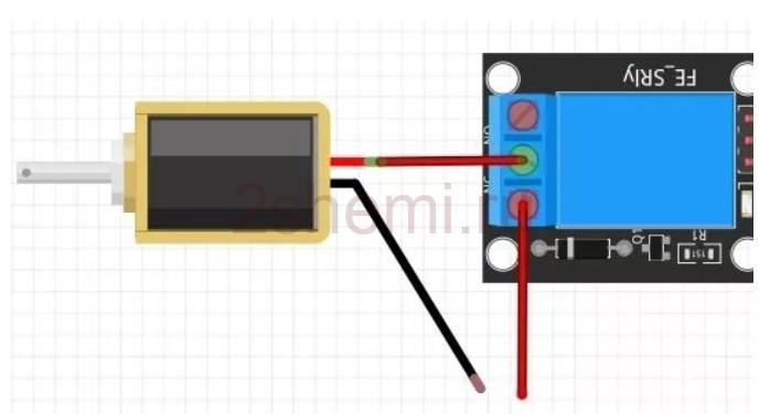 Самодельный дверной замок с доступом по брелку RFID