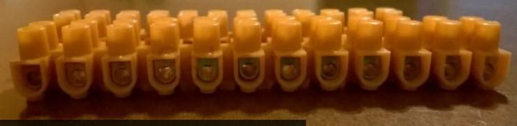 Винтовые, подвижные и пружинные клеммные соединительные колодки